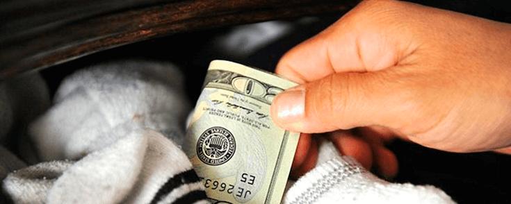 cómo ganar dinero rápido, busca en tus bolsillos